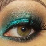 Tutorial - Maquiagem esmeralda com glitter para o Carnaval