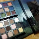 The Crimson Amulet Collection: a paleta de maquiagem do filme Dark Shadows da NYX
