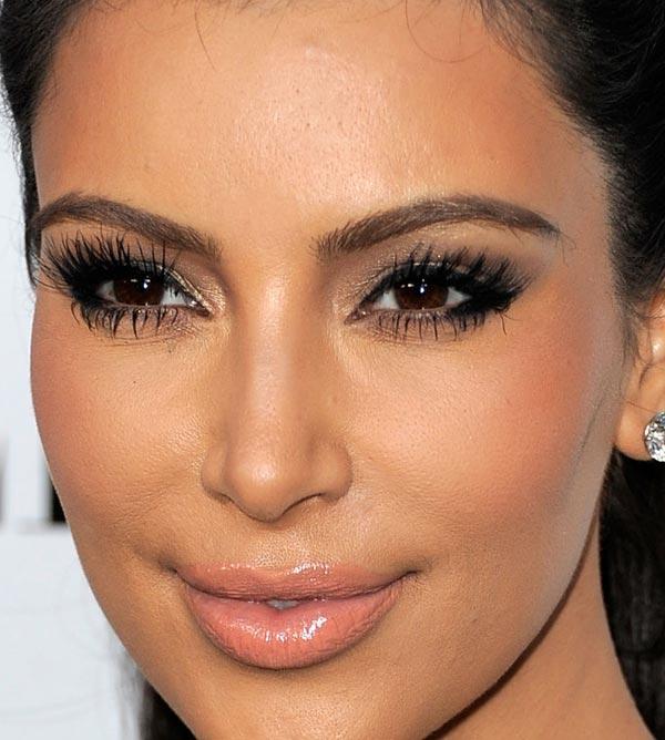 kim-kardashian-makeup-maquiagem-06