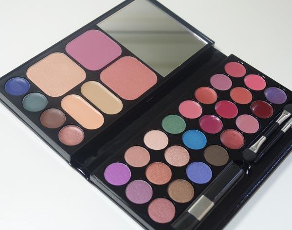 palette-de-maquiagem-black-crystal-o-boticario-01