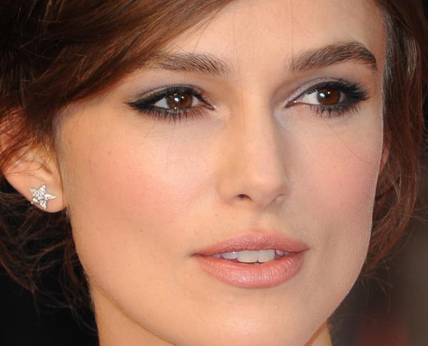 Keira Knightley é ariana do dia 26/03.