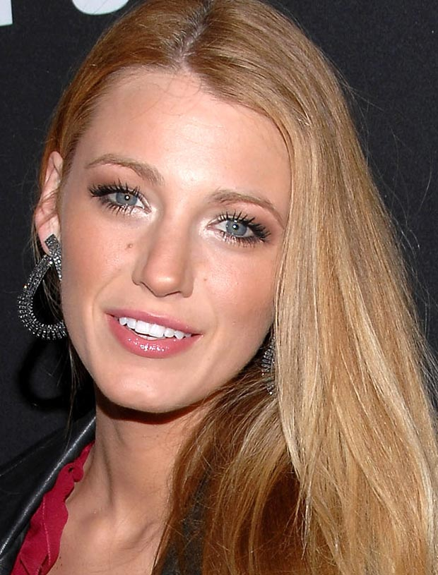 Blake Lively é virginiana do dia 25/08.