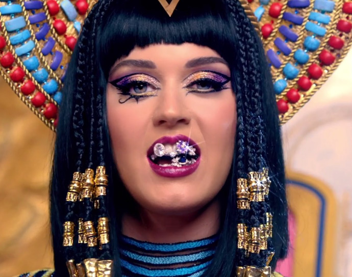 o make de katy perry em dark horse 187 pausa para feminices