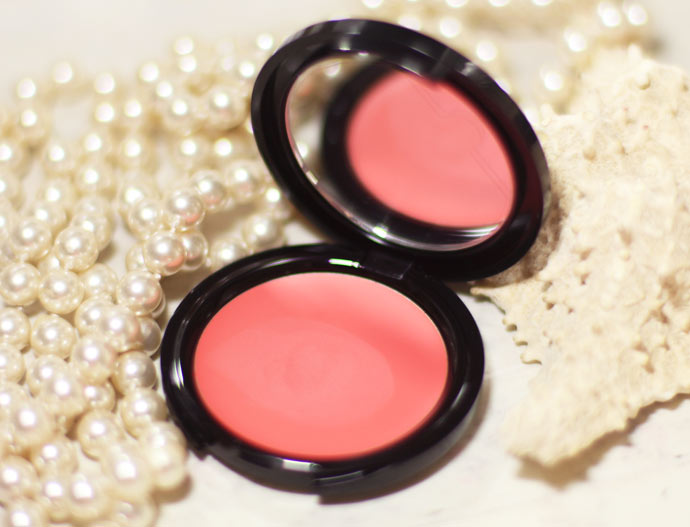 blush-coral-make-up-for-ever