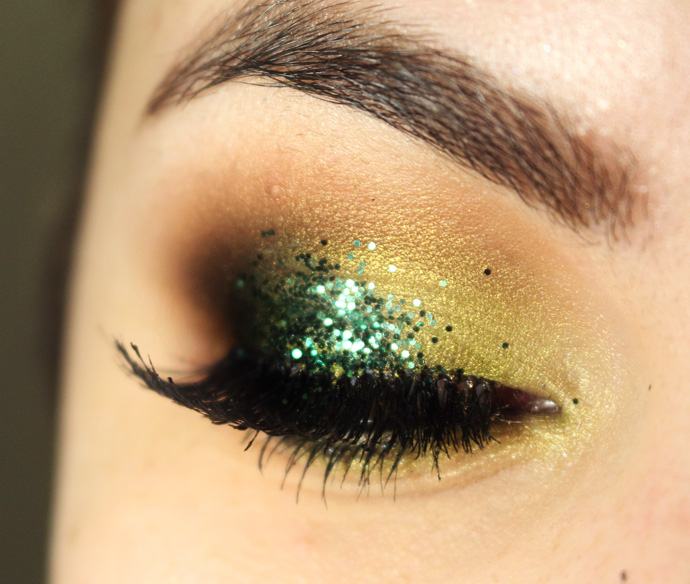glitter-loaded-urban-decay-01