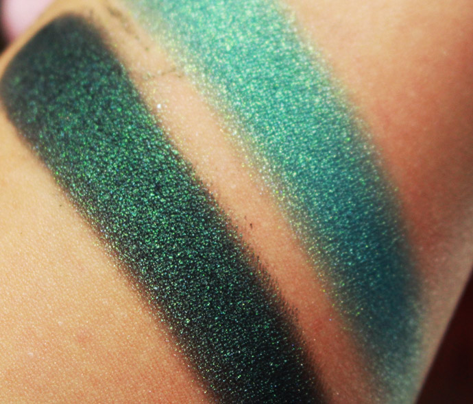 Emerald-Noir-mary-kay-07