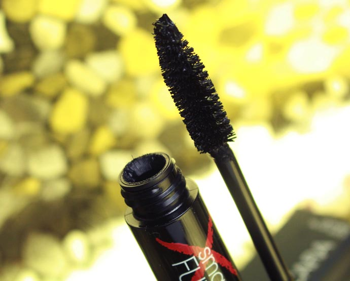 Full-Exposure-Mascara-smashbox-03