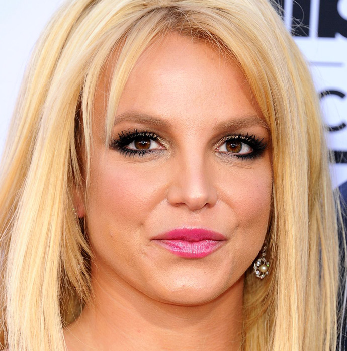 billboard-music-awards-2015-makeup-02
