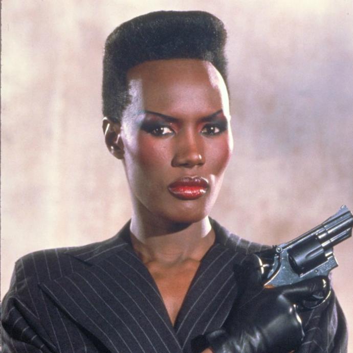 Bond girls que marcaram época na franquia 007 (3)