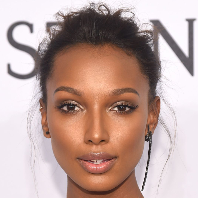 Jasmine Tookes é aquariana do dia 01/02