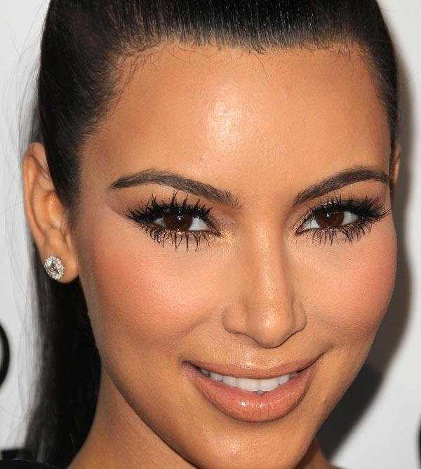 kim-kardashian-makeup-maquiagem-01