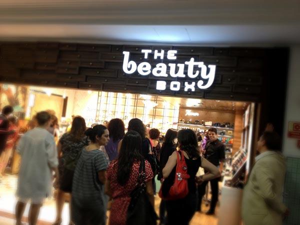 8fc06967887ff O grupo acaba de anunciar o lançamento de uma super loja multimarcas no  estilo SEPHORA de ser, a The Beauty Box.