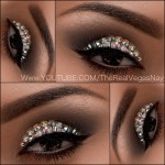 Maquiagem com cristal na pálpebra móvel