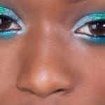 Maquiagem colorida em pele negra