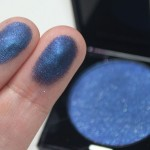 A linda sombra azul navy Diamond Night Blue da Make Up For Ever