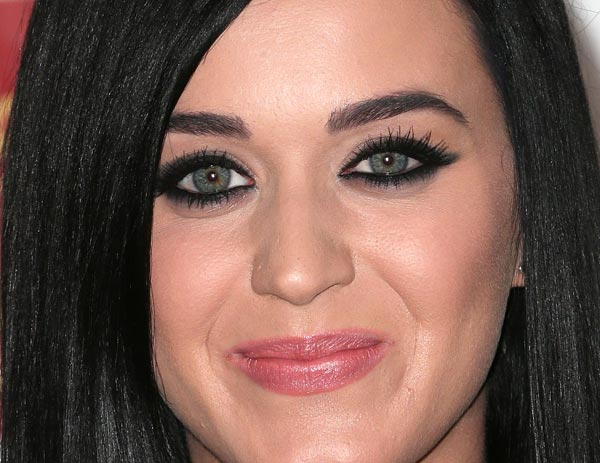 katy-perry-black-eyes-01