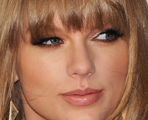 taylor-swift-makeup-01