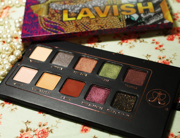 lavish-set-anastasia-beverly-hills-00