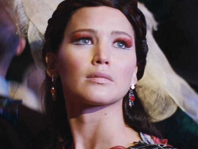 Catching-Fire-01-makeup-02