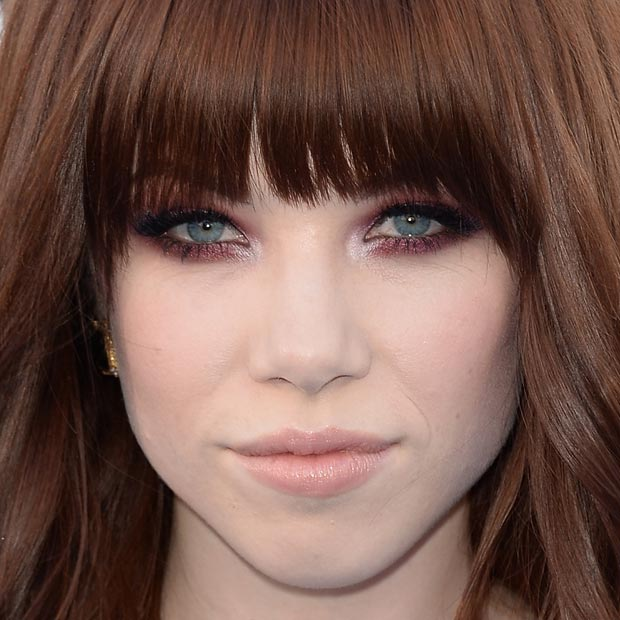 Carly Rae Jepsen é escorpiana do dia 21/11.