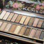 Naked Palette da Urban Decay X Paleta Powerful da Koloss