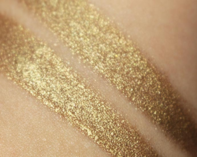 bold-gold-maybelline-02