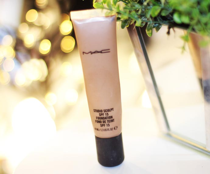 A base Studio Sculpt da MAC » Pausa para Feminices
