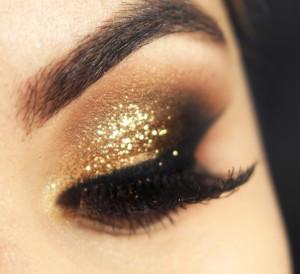 Tutorial - maquiagem dourada para o Ano Novo » Pausa para