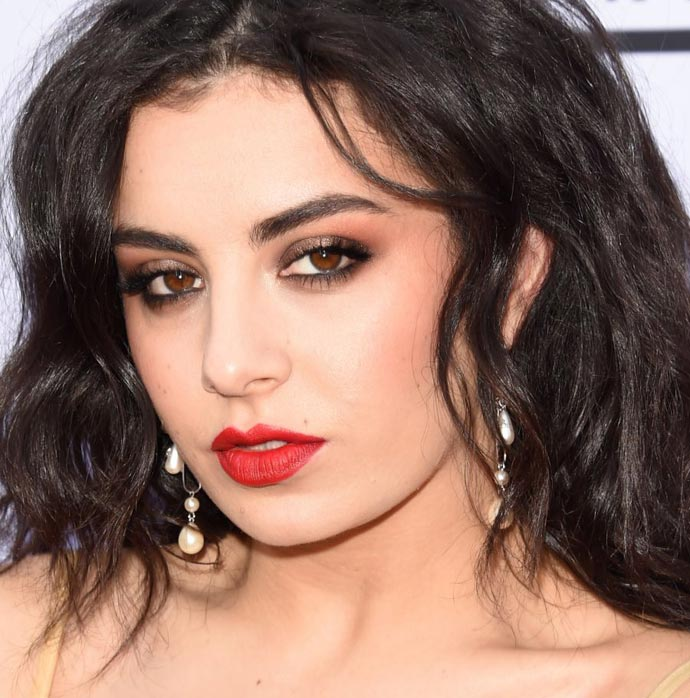 billboard-music-awards-2015-makeup-16