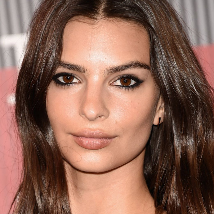 emily-ratajkowski-mtv-video-music-awards