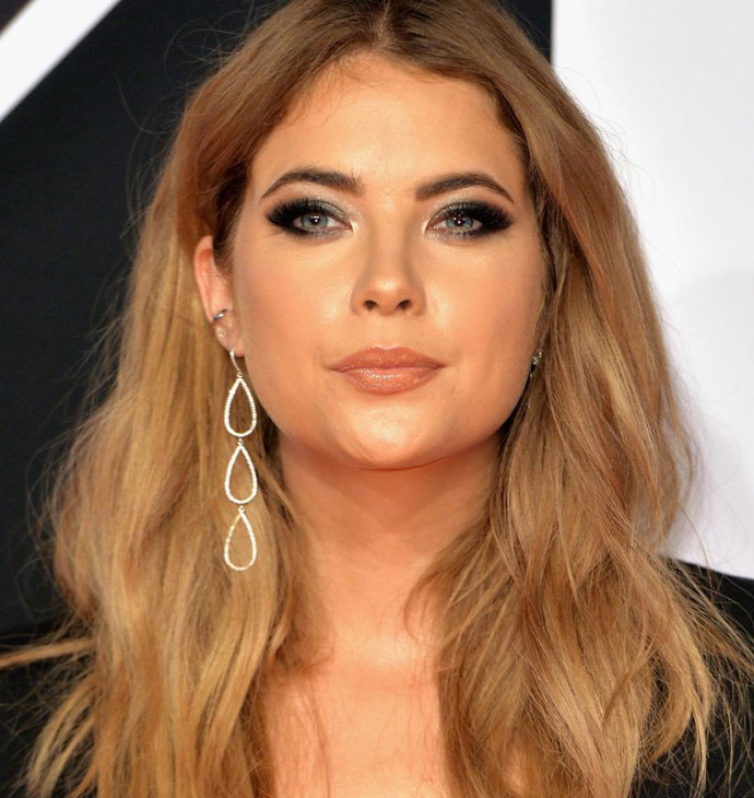 ashley-benson-at-mtv-european-music-awards-2015-01