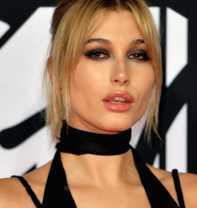 hailey-baldwin-at-mtv-european-music-awards-2015-in-milan-10-25-2015_9