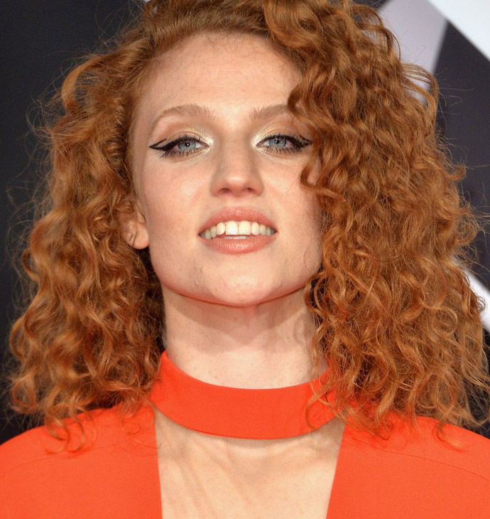 jess-glynne-at-mtv-european-music-awards-2015-in-milan-10-25-2015_8
