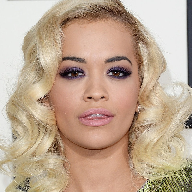 Rita Ora é sagitariana do dia 26/11