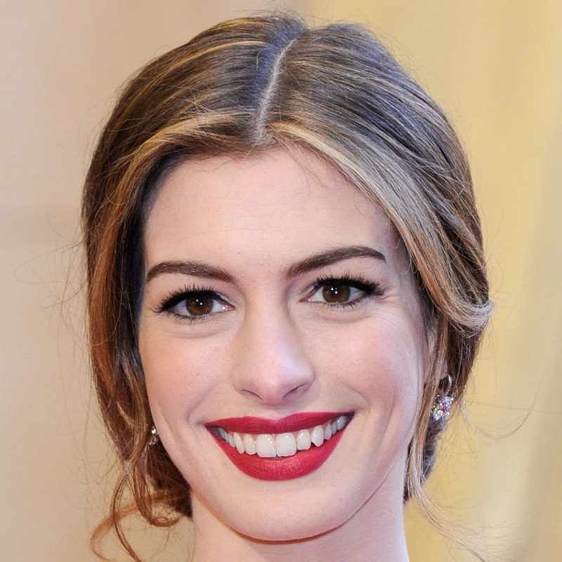 Anne Hathaway é escorpiana do dia 12/11